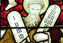Mozes met de tien geboden